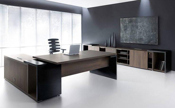שולחן משרדי- מערכות מנהלים