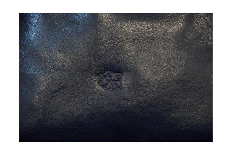 משטח עור יוקרתי לשולחן   מס': 6401