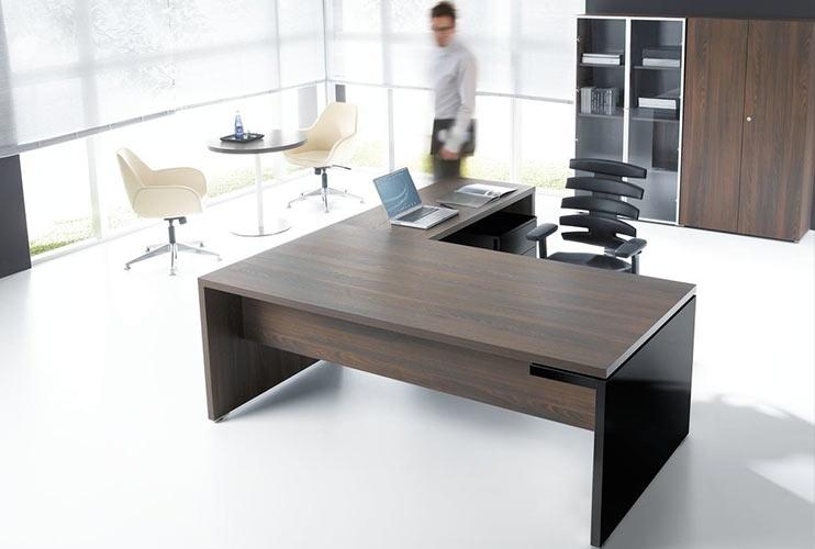 שולחן מנהל – שולחן ישיבות תואם עם FAN