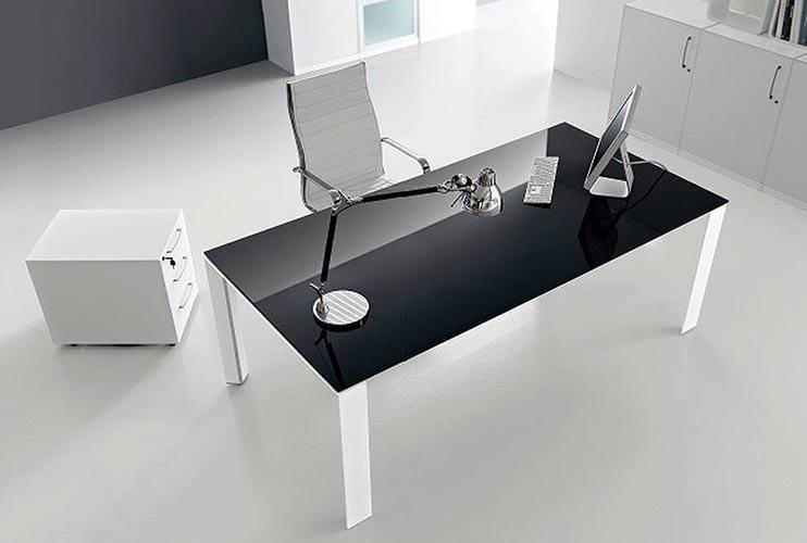 שולחן משרדי- STAR דגם זכוכית שחורה | מס': 3010