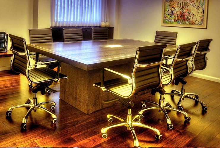 שולחן לחדר ישיבות מפורניר   מס': 3216