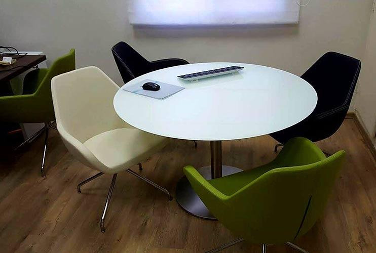 שולחן לחדר ישיבות עגול בזכוכית   מס': 3217