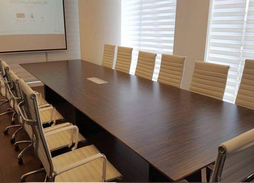 21BigTable3221 500x360 - שולחן לחדר ישיבות בפורניר אייבוני | מס': 3221