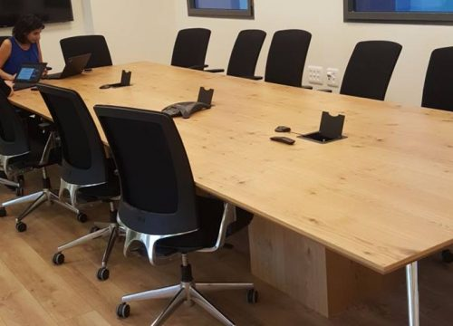 23BigTable3223 500x360 - שולחן לחדר ישיבות בפורניר | מס': 3223