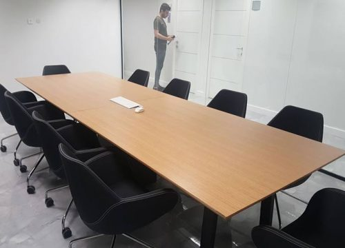 24BigTable3224 500x360 - שולחן לחדר ישיבות בפורניר | מס': 3224