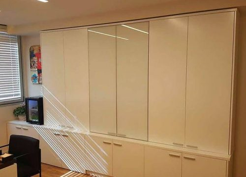 3Afuksi1303 500x360 - ארון איחסון למשרד- ארונות אפוקסי משולבי זכוכית | מס': 1303