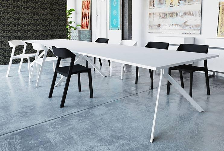 שולחן לחדר ישיבות בפורמייקה לבנה | מס': 3205