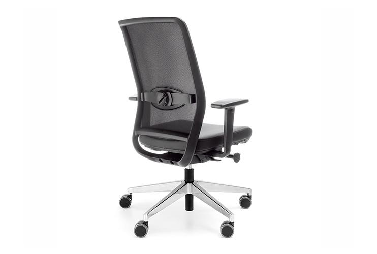 כסא משרדי- כסא עובד veris net chrome   מס': 0106