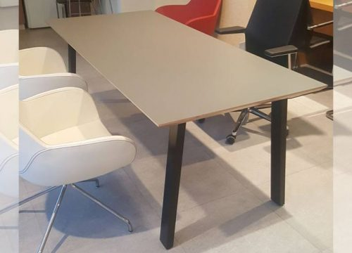 8Ovdim318 500x360 - שולחן משרדי- מערכת דגם טרפז | מס': 3108