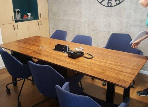 9BigTable3209 500x360 - שולחן לחדר ישיבות מפורניר במבוק | מס': 3209