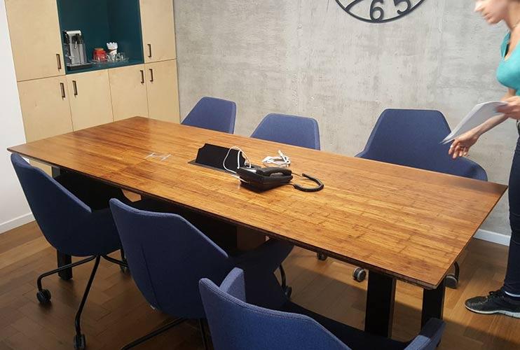 שולחן לחדר ישיבות מפורניר במבוק | מס': 3209