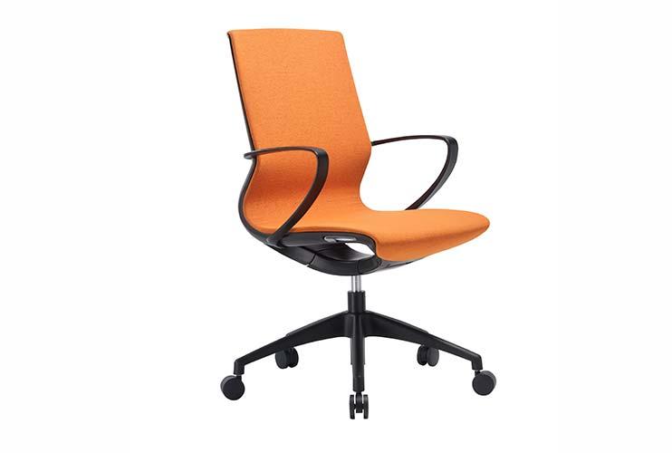 כסא לחדר ישיבות דגם Moto בצבע כתום- מס' 455