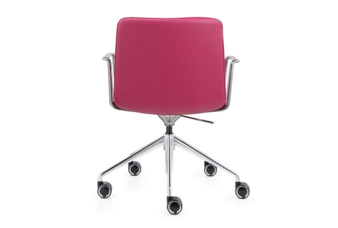 כסא לחדר ישיבות דגם active מס. 470